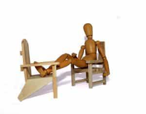 Scegliere le sedie un 39 impresa non facile for Sedia horror