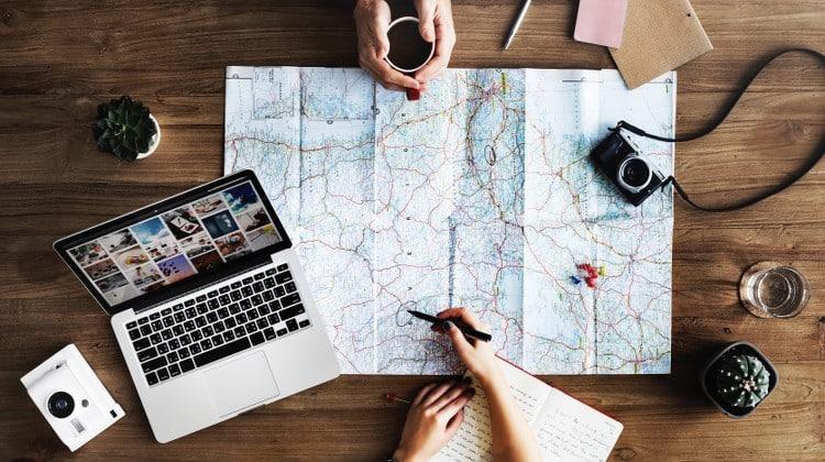 Vacanza in coppia: 7 consigli per non far scoppiare la coppia durante il viaggio