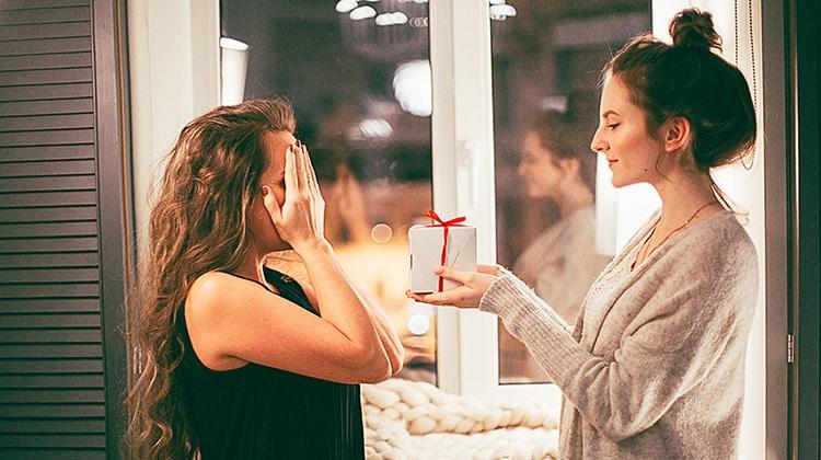Riciclare un regalo: come fare • Riciclare un regalo