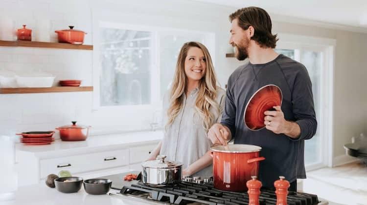 Dieta di coppia: affrontare la convivenza senza ingrassare