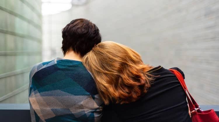 Tradita dal partner? • tradita dal partner