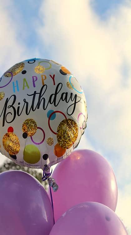 Come festeggiare il compleanno da soli...o in coppia • festeggiare il compleanno